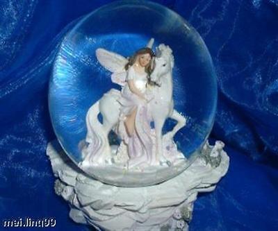 Schneekugel Elfe mit Einhorn Glaskugel Glimmerkugel Phantasie