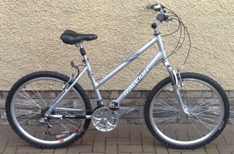 bike bicycle ladies raleigh