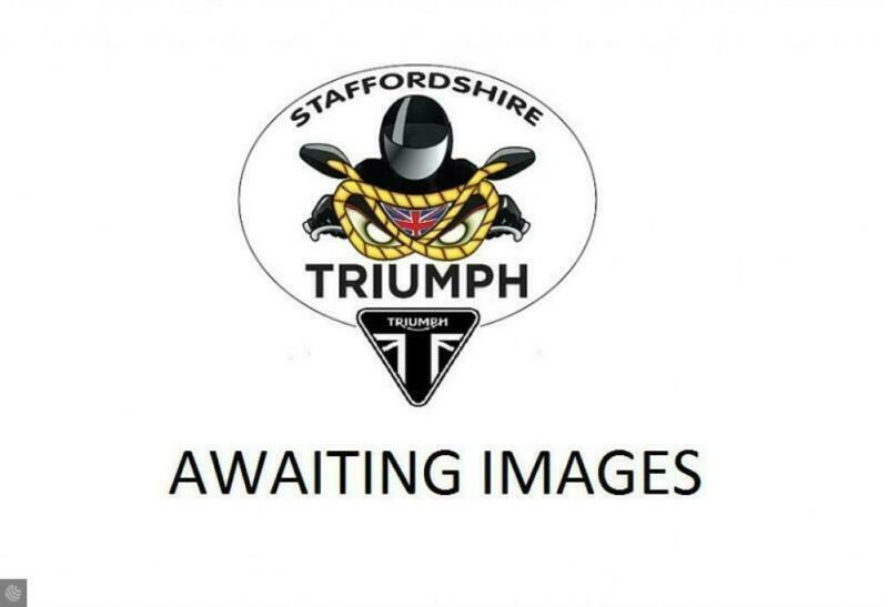 TRIUMPH BONNEVILLE T100 EX DEMONSTRATOR SAVE BIG ON RRP