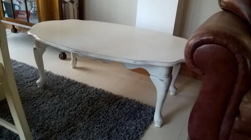 painted queen anne sofa table cozy throws vintage chalk style coffee can deliver