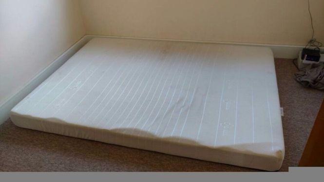 New Bedzonline 4ft6 Double Memory Foam Reflex Mattress 6 Months Old