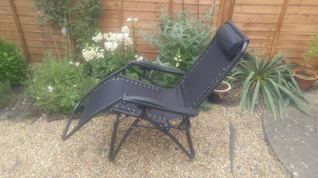 zero g garden chair modern kitchen table chairs recliner eazilife gravity folding reclining sunlounger