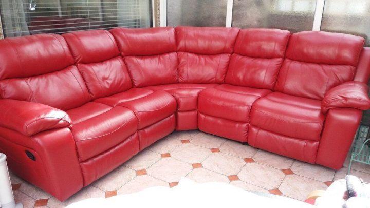 Harvey s red leather corner sofa for Red corner sofa