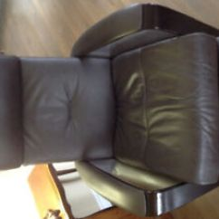 Swivel Chairs Kijiji Peterborough Chair Slip Covers At Target Buy Or Sell Recliners In Img Leather Recliner