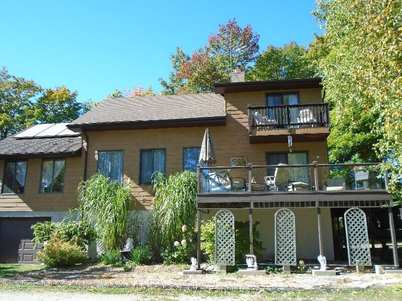 Lovely HomeRetreat on 5 Acres  houses for sale