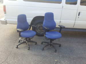 office chair kelowna wicker dining room chairs buy sell items from clothing to furniture and 5 blue executive