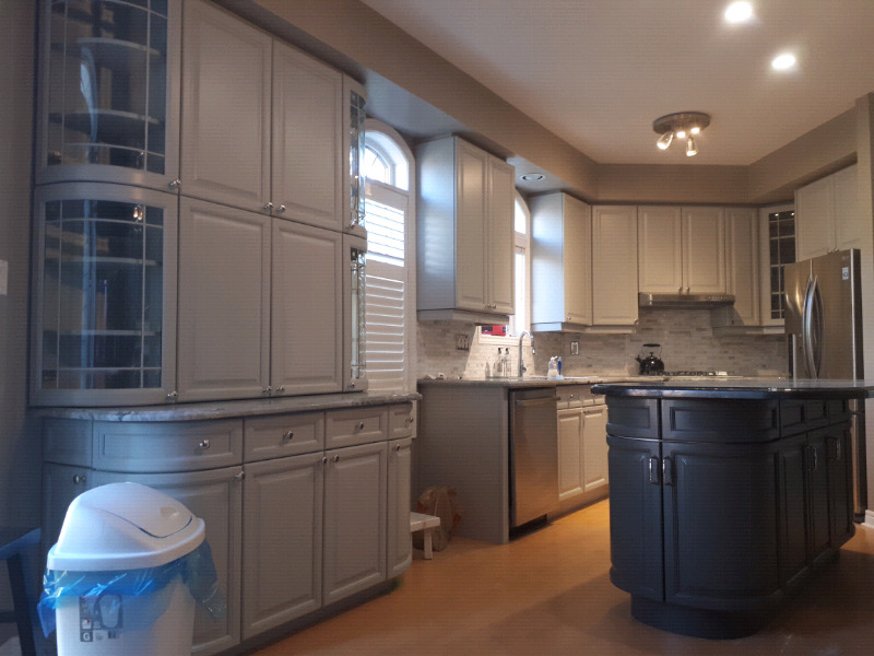 KITCHEN CABINETS FURNITURE REFACING REFINISHING SPRAY