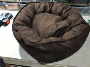 enchanted home mackenzie pet sofa contemporary recliner only natural dog food other london kijiji bed new