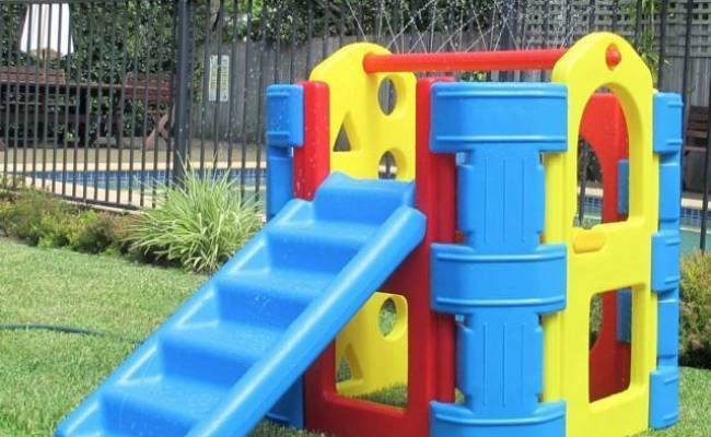 New Outdoor Play Gym Ampi With Water Spray Bar Toys