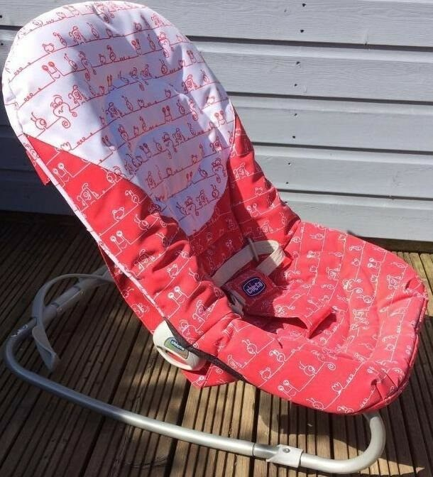 walker bouncing chair rolling desk mat chicco in battersea london gumtree https i ebayimg com 00 s njcywdyxma