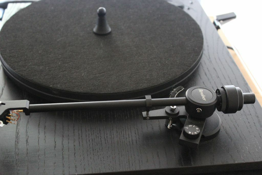 Revolver Turntable Record Player In Knebworth