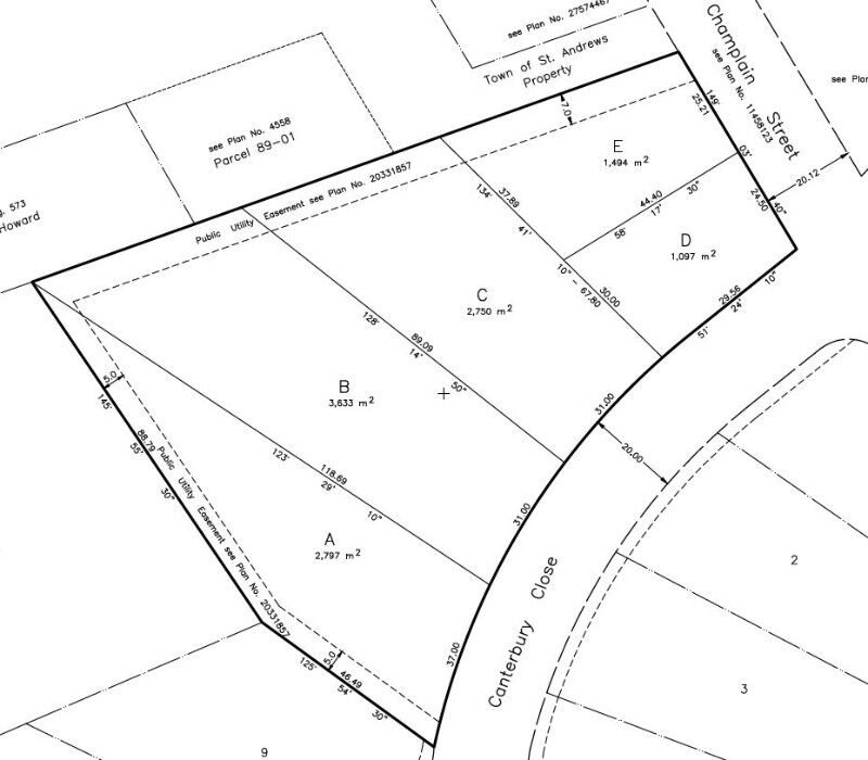 ST ANDREWS 0.5 ACRE LOT 1 AT THE ENTRANCE OF A QUIET CUL