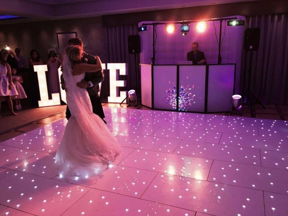 couture chair covers and events steel gang event hire photo booth dance floor more eye smyle in penicuik midlothian gumtree