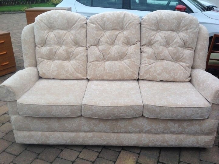 Sofa And 2 High Backed Chairs Excellent Condition Hsl Smoke Pet Free Home In Kelty Fife Gumtree