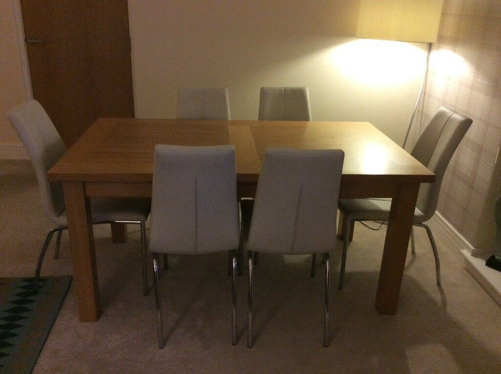 Next Chairs  Oak Dining Room Table  in Larbert Falkirk