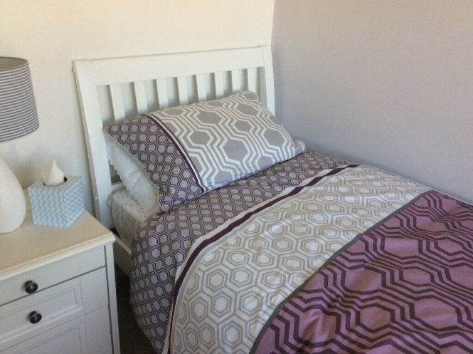 Top Quality Single Bed And Mattress Immaculate Condition Offers Around 80