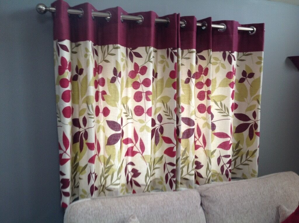 Dunelm Jakarta Plum Lined Eyelet Curtains Roller Blind Cushion