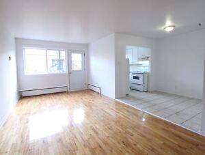 Ahuntsic  Appartements et Condos dans Grand Montral  Petites Annonces Classes de Kijiji