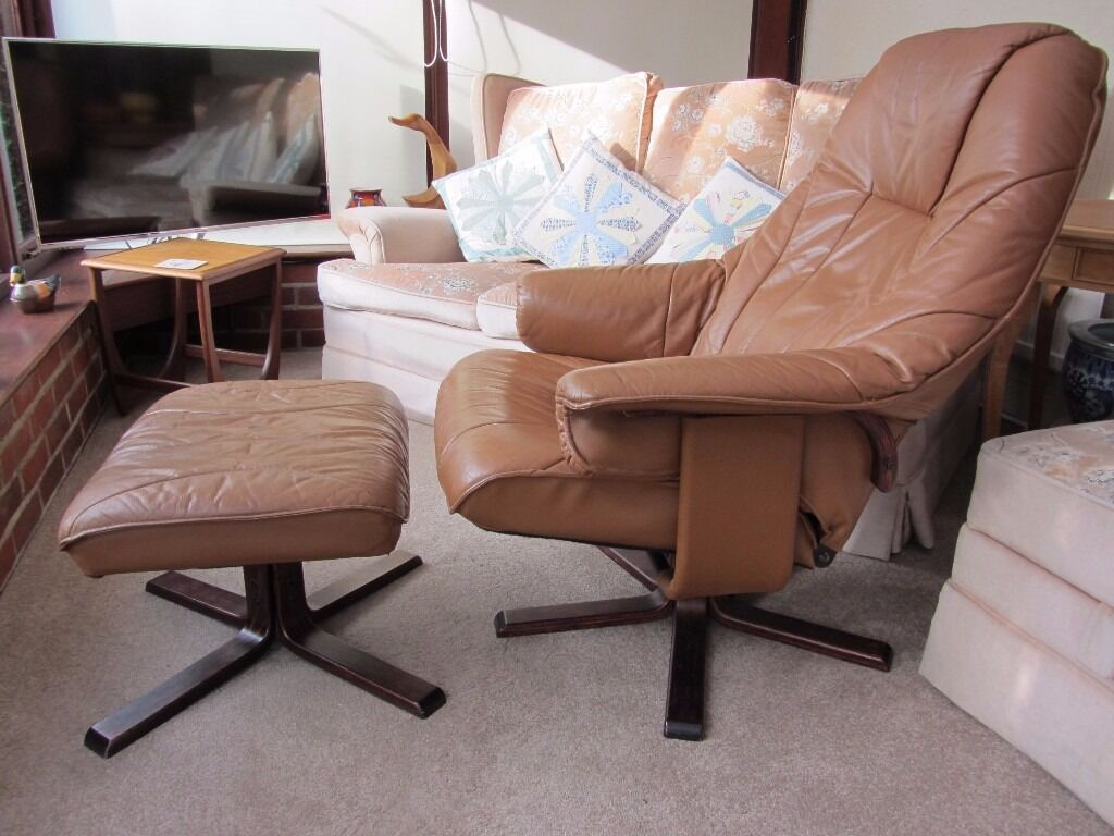 chair and matching stool ultimate video game unico danish leather swivel recliner