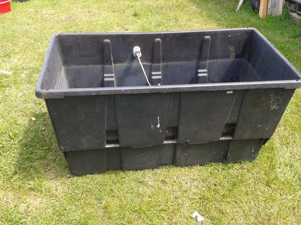 FERHAM COLD WATER TANK  LOFT CENTRAL HEATING  FISH POND
