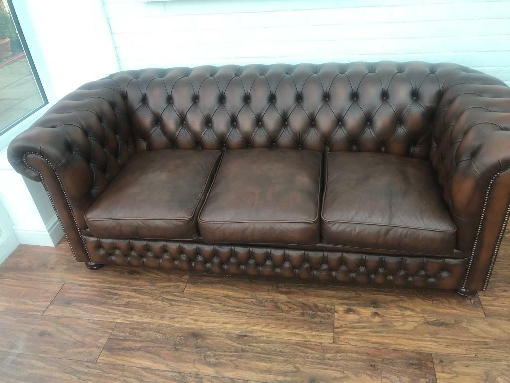 chesterfield pull out sofa bed width 125cm leather 3 seater in wirral