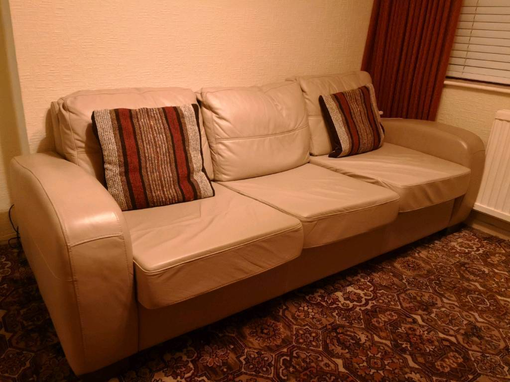 chesterfield sofa gumtree ni sleeper tucson genuine italian leather in stranmillis belfast