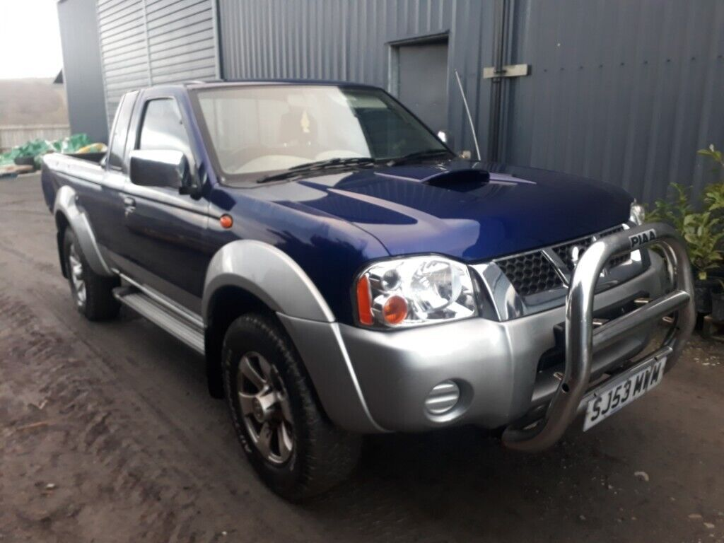 hight resolution of breaking blue 2004 nissan navara kingcab yd25 manual 4x4 parts spares good engine alloys