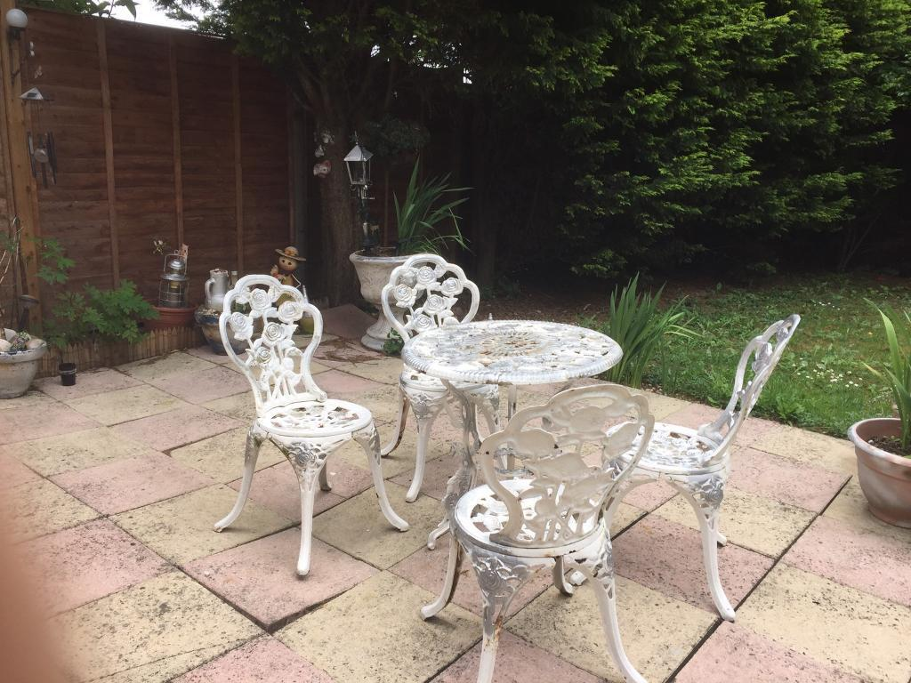cast iron table and chairs gumtree kids wood garden victoria style in