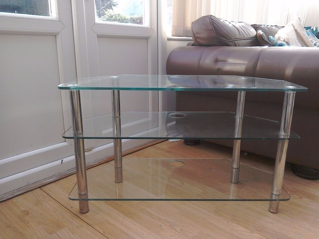 revolving chair gumtree cloth office chairs with wheels glass tv stand matching table in mansfield