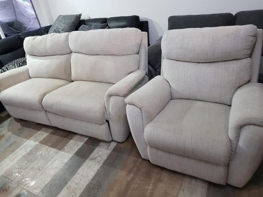 electric sofa set modern black leather textile queen sleeper k43 2 lazboy fabric recliner in didsbury