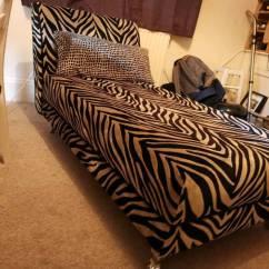 Bedroom Chair Dfs Design Victorian Sofa Chaise Longue Madagascar In Heathrow London