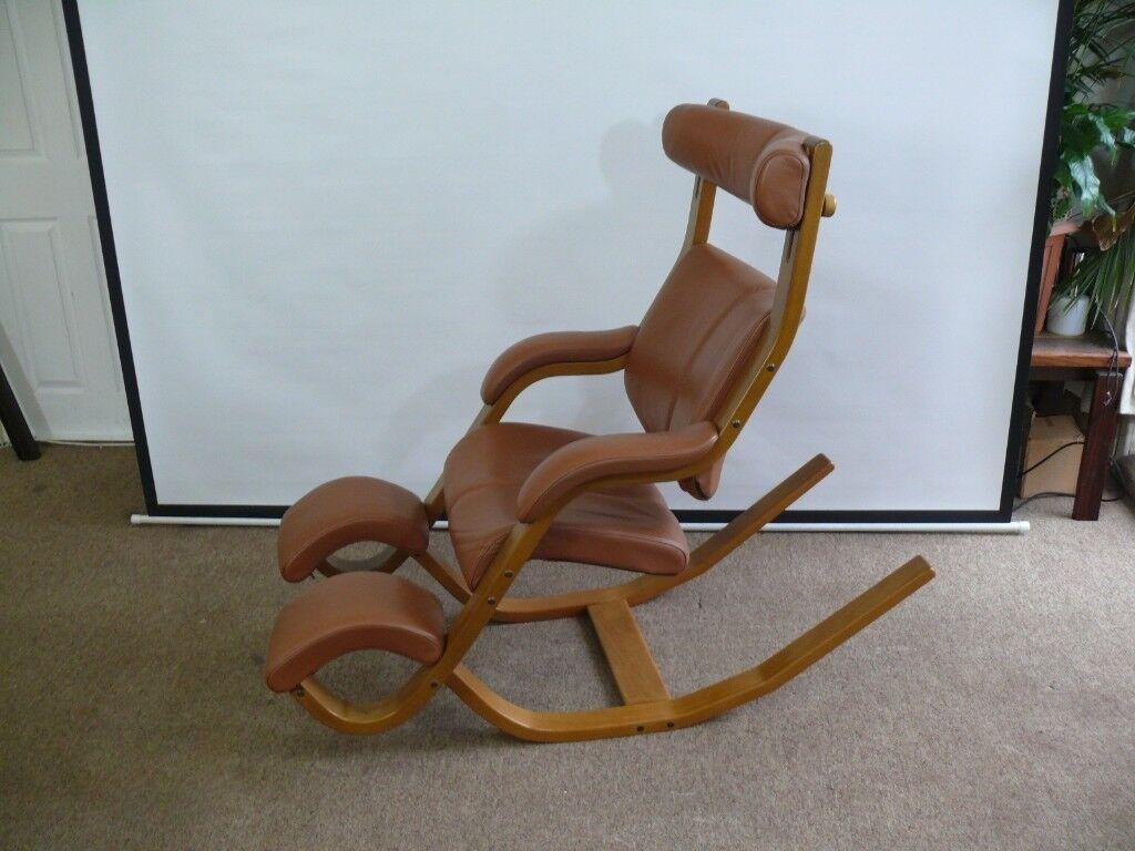 stokke gravity balans chair computer mat varier balance reclining