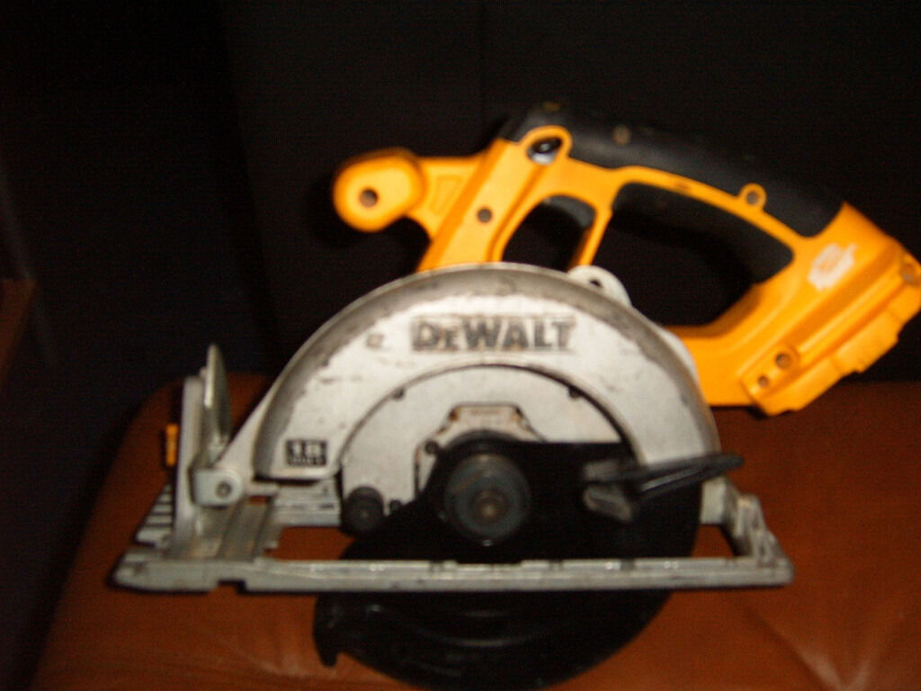 Left Blade Circular Saw Dewalt