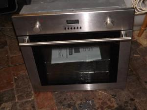 Diplomat ADP 3300 Electric Fan assisted oven, in great