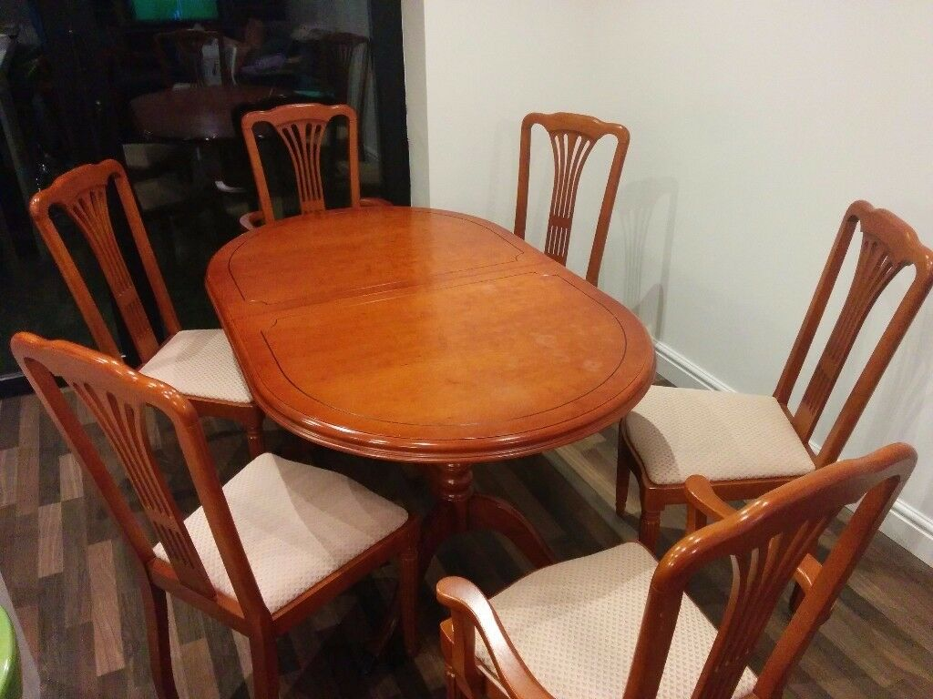 dining room table and chairs gumtree black director chair covers extendable 43 6 in sale manchester