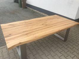 Esstisch Holztisch massiv Baumkante inkl Edelstahl Kufen ...