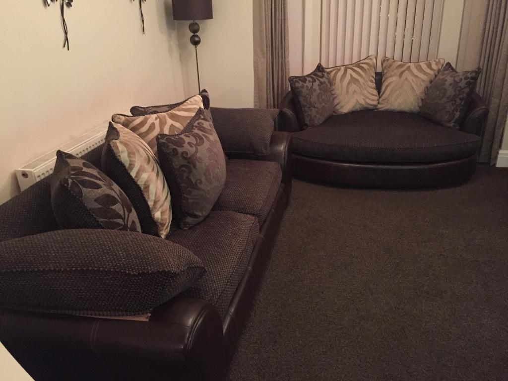 scs leather sofas and chairs cheap sofa under 100 cuddle 3 seater 2 chair with ipod ...