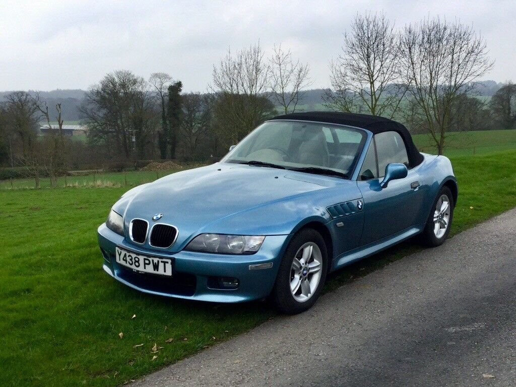 hight resolution of bmw z3 roadster 2 2i james bond blue with cream leather interior one lady owner low mileage