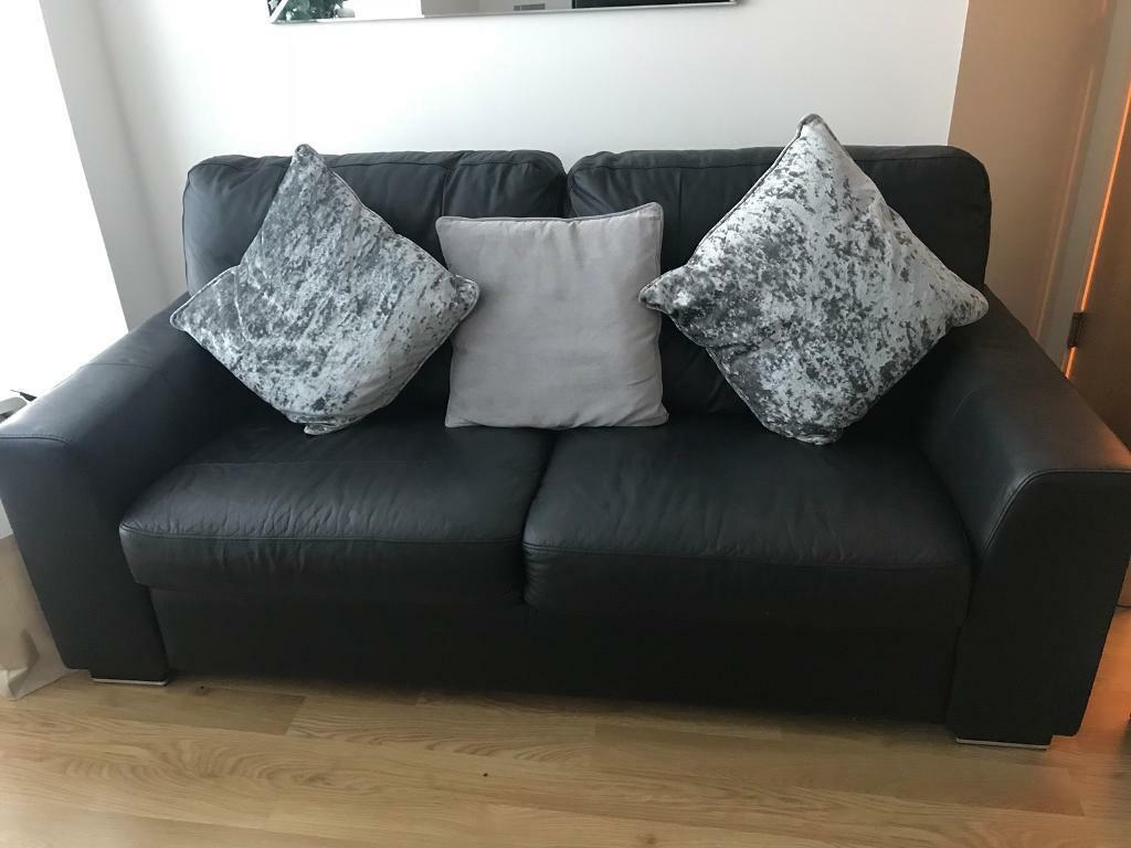 black leather sofas on gumtree thomasville sofa in aberdeen