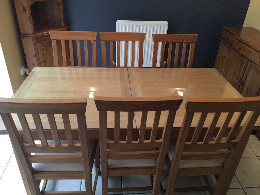 large round oak dining table 8 chairs patio for front porch laura ashley 39milton 39 extendable room