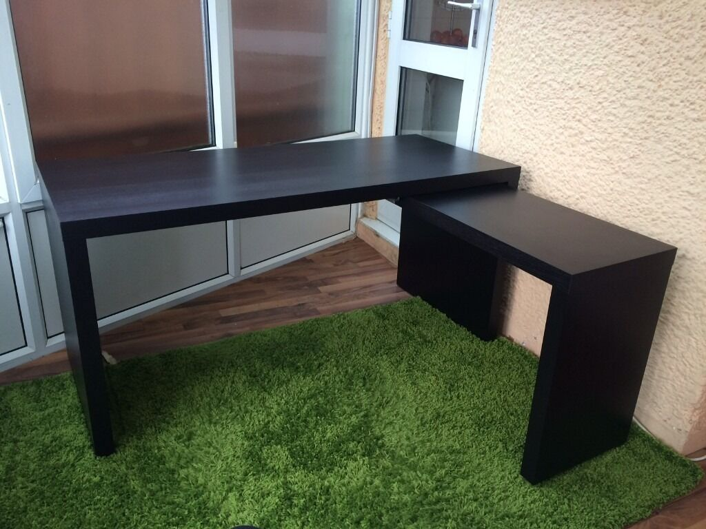 Ikea MALM Desk with pullout panel  great condition  in