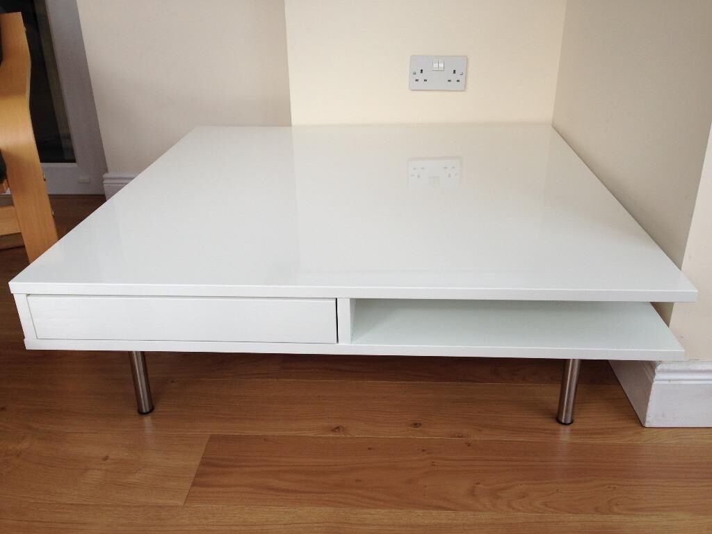TOFTERYD Coffee table IKEA, in Excellent condition