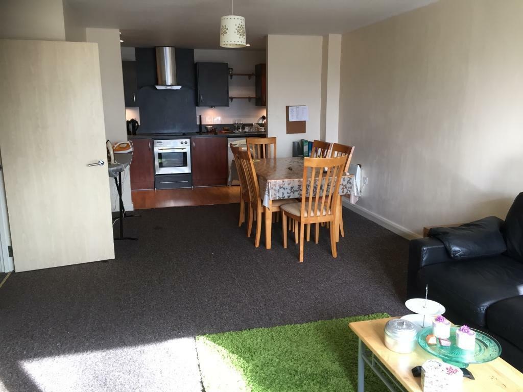 council sofa collection cardiff chesterfield 3 seater 2 bedroom flat in landmark place churchill way cf10