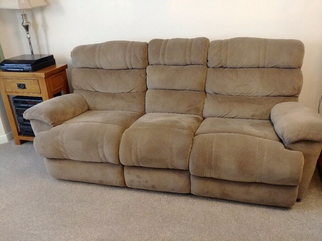 swivel chair uk gumtree drive medical bathroom safety shower tub bench with back gray free sofa and chairs excellent condition in new waltham lincolnshire