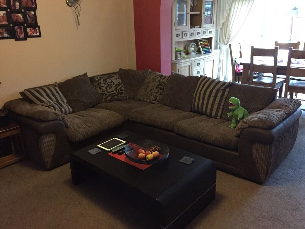 sofa beds reading berkshire how to build frame dfs corner bed very good buy sale and trade ads