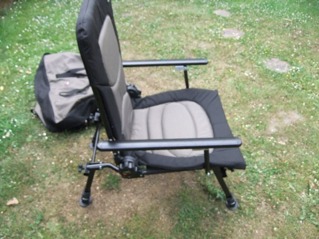 fishing chair with pole holder ivory covers for rent and rod kit in poole dorset gumtree