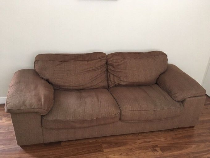 Cargo Sofa Free To Collect From Cheltenham 150 For Both Quick Needed