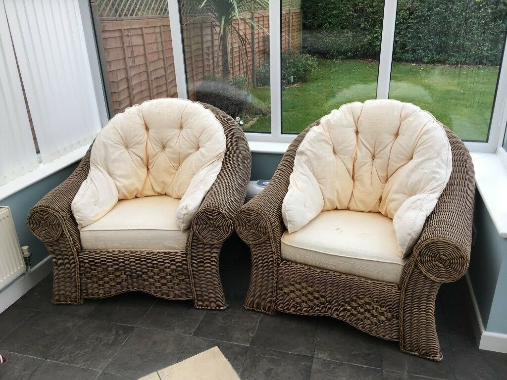 bedroom chair gumtree ferndown hot tub cane wicker chairs in dorset