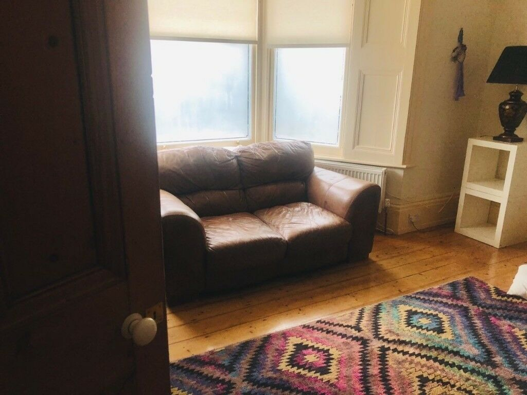 bluebell sofa gumtree steel come bed good vibes brown stoke newington in hackney london