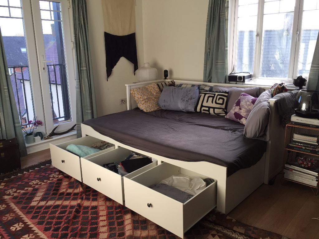 sofa beds reading berkshire contemporary leather sofas sydney ikea hemnes 3 drawer daybed w 2 mattresses protectors